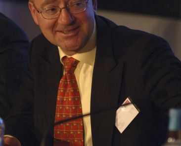 b061019ed 19th October 2006 Meeting Global Security Challenges: NATO Secretary General's Successor Generation Conference at Plaisterers Hall, City of London. Panel: Meeting Global Challenges together - Professor Gwyn Prins (Alliance Research Professor