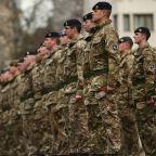 bw-british_army_cut